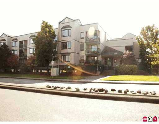 Main Photo: 205 20454 53 Street in Langley: Langley City Condo for sale : MLS®# F2621855