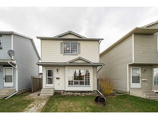 Main Photo: 138 MARTINDALE Boulevard NE in CALGARY: Martindale Residential Detached Single Family for sale (Calgary)  : MLS®# C3615933