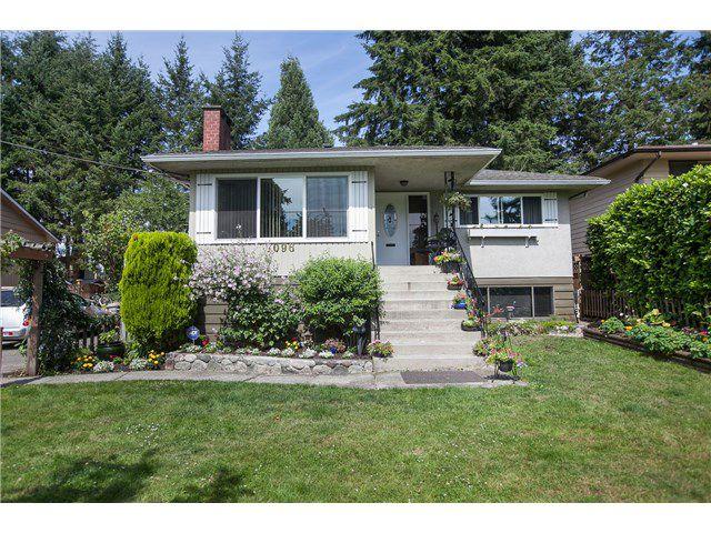 "Main Photo: 7096 BARKLEY Drive in Delta: Sunshine Hills Woods House for sale in ""Sunshine Hills"" (N. Delta)  : MLS®# F1446730"