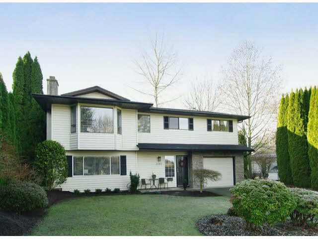 Main Photo: 3707 ROBSON DRIVE in : Abbotsford East House for sale : MLS®# F1301117
