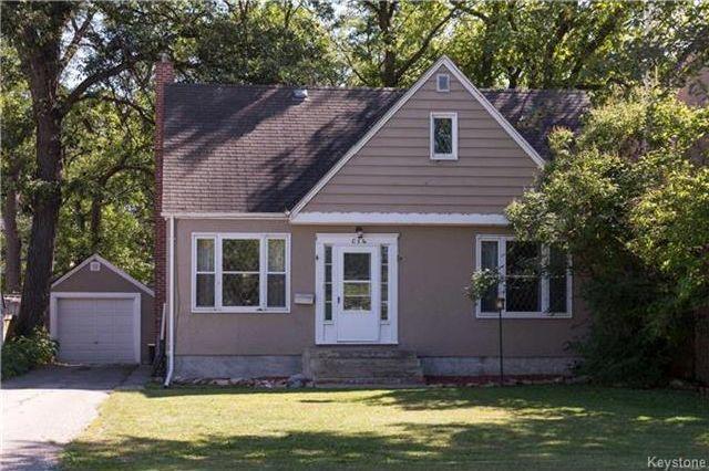 Main Photo: 114 Kingston Row in Winnipeg: Elm Park Residential for sale (2C)  : MLS®# 1724778
