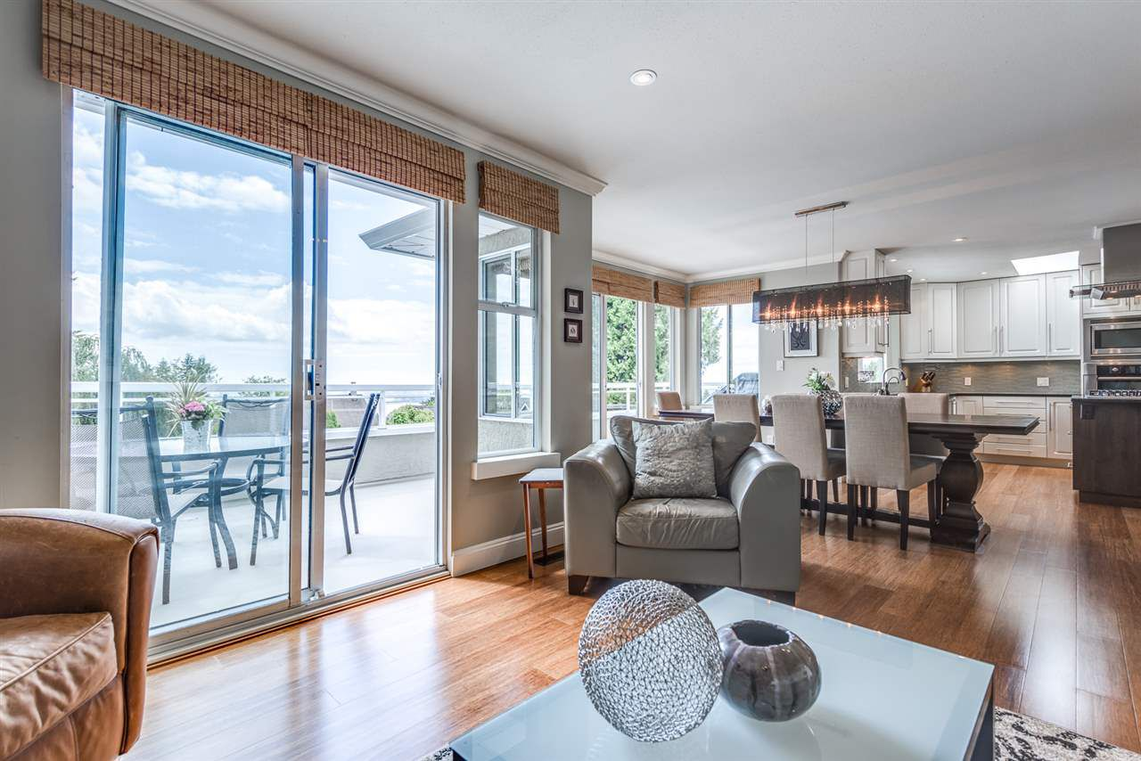 Main Photo: 163 E ST JAMES Road in North Vancouver: Upper Lonsdale House for sale : MLS®# R2212598