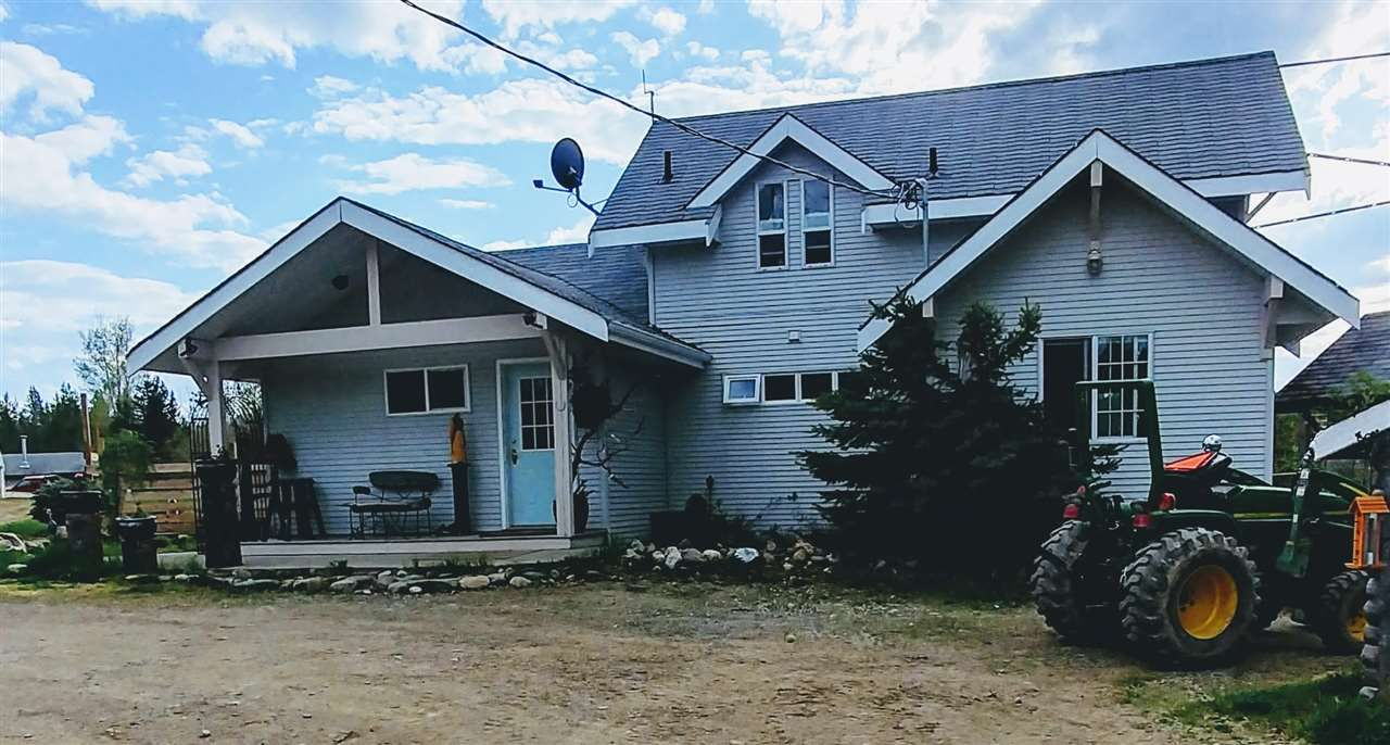 """Main Photo: 26805 WEST LAKE Road in Prince George: Blackwater House for sale in """"WEST LAKE"""" (PG Rural West (Zone 77))  : MLS®# R2269193"""