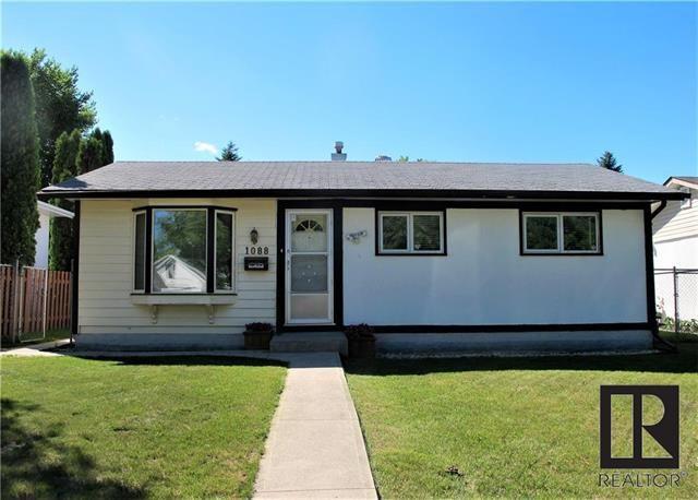 Main Photo:  in Winnipeg: East Kildonan Residential for sale (3B)  : MLS®# 1818520