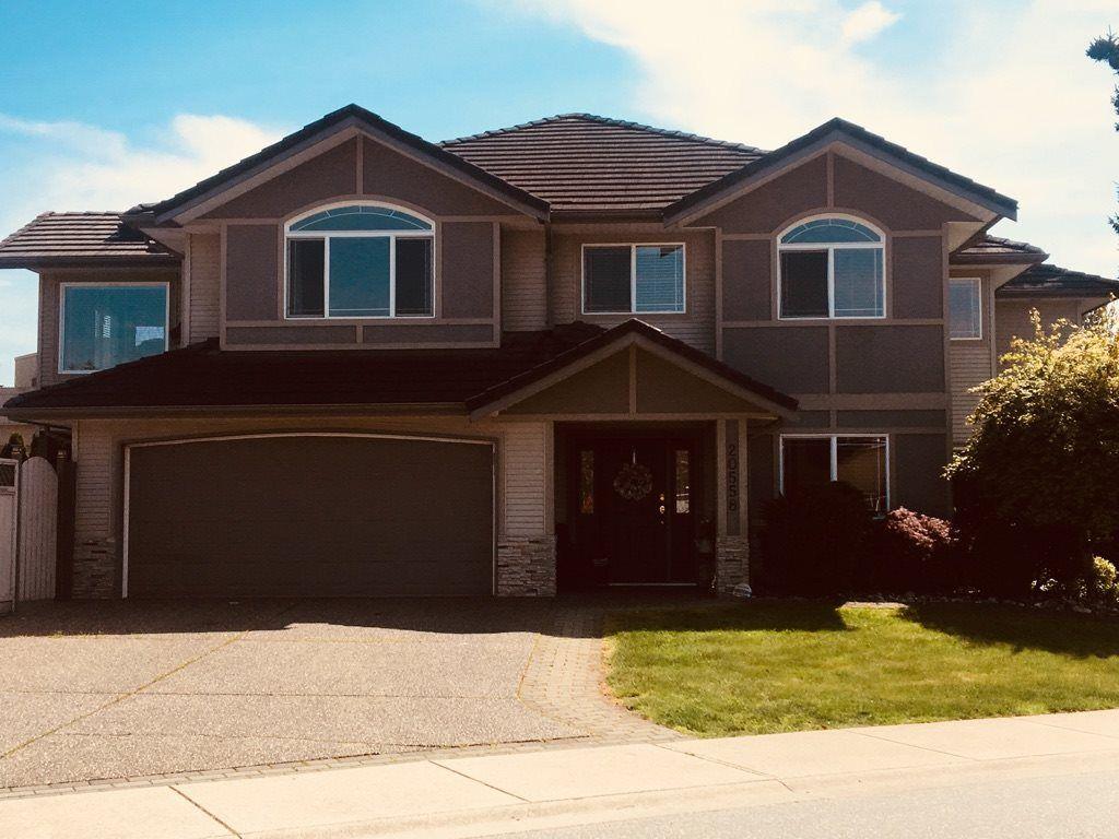 Main Photo: 20558 122 Avenue in Maple Ridge: Northwest Maple Ridge House for sale : MLS®# R2302746