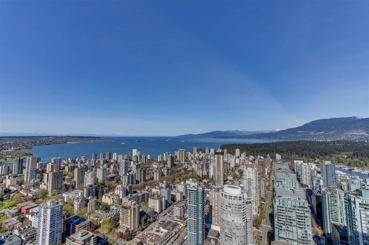 """Main Photo: 5401 1128 W GEORGIA Street in Vancouver: West End VW Condo for sale in """"SHANGRI-LA PRIVATE ESTATES"""" (Vancouver West)  : MLS®# R2305749"""