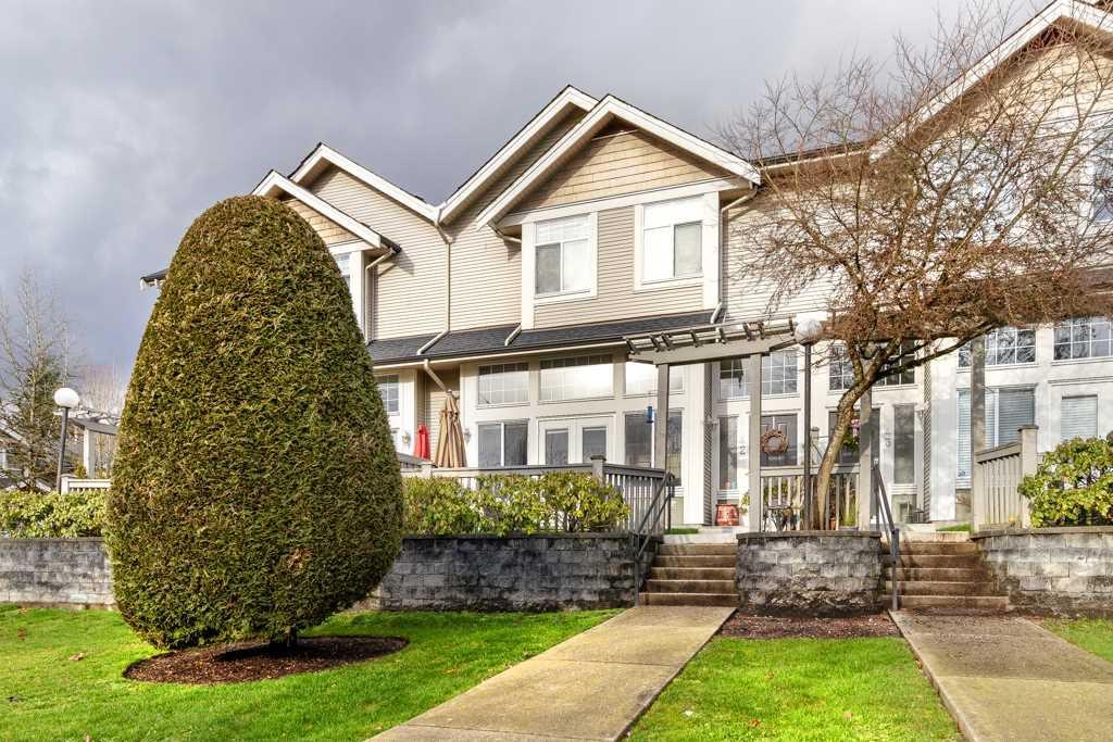Main Photo: 42 23343 KANAKA Way in Maple Ridge: Cottonwood MR Townhouse for sale : MLS®# R2330455