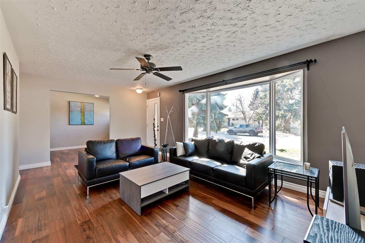Main Photo: 15246 86 Avenue in Edmonton: Zone 22 House for sale : MLS®# E4152450