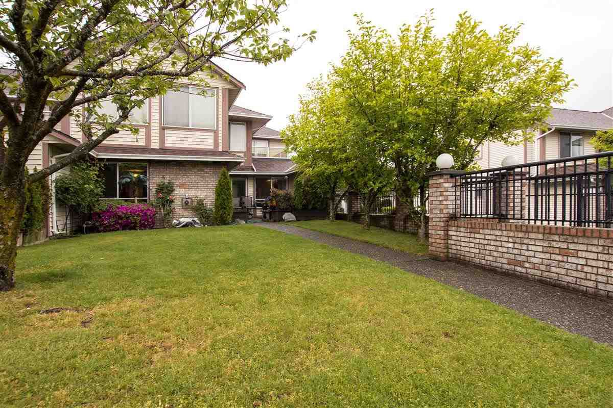 """Main Photo: 131 13725 72A Avenue in Surrey: East Newton Townhouse for sale in """"Park Place Estates"""" : MLS®# R2370288"""