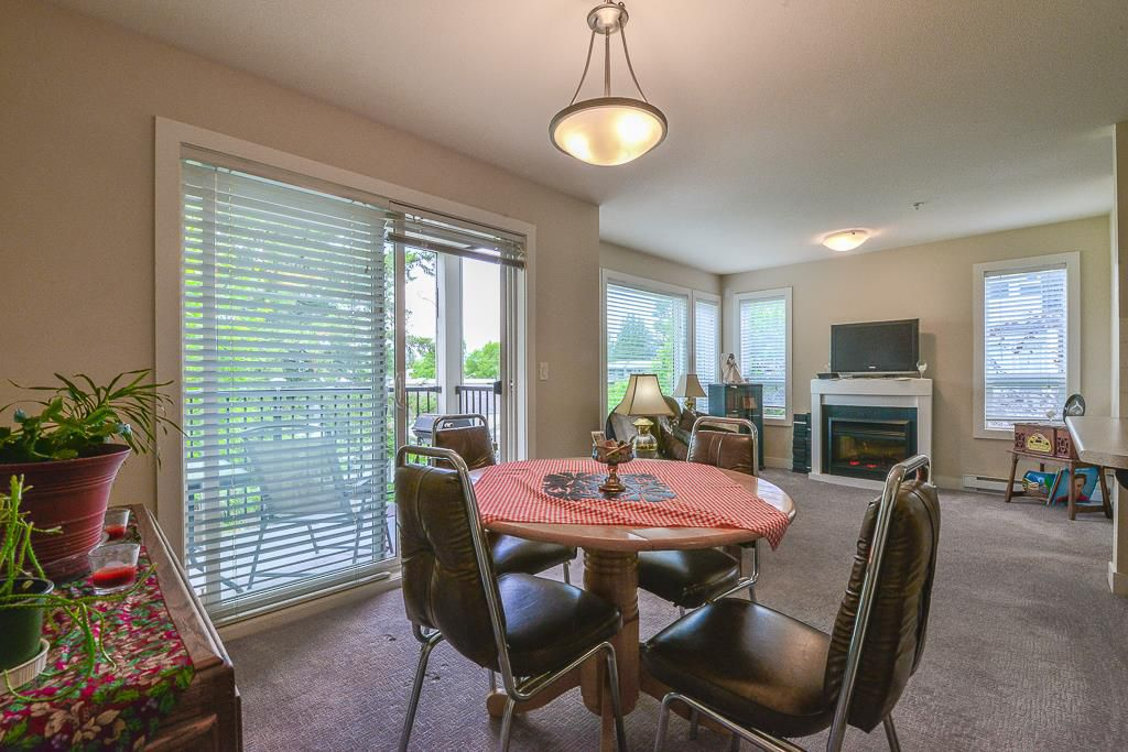 """Main Photo: 315 9422 VICTOR Street in Chilliwack: Chilliwack N Yale-Well Condo for sale in """"THE NEWMARK"""" : MLS®# R2371984"""