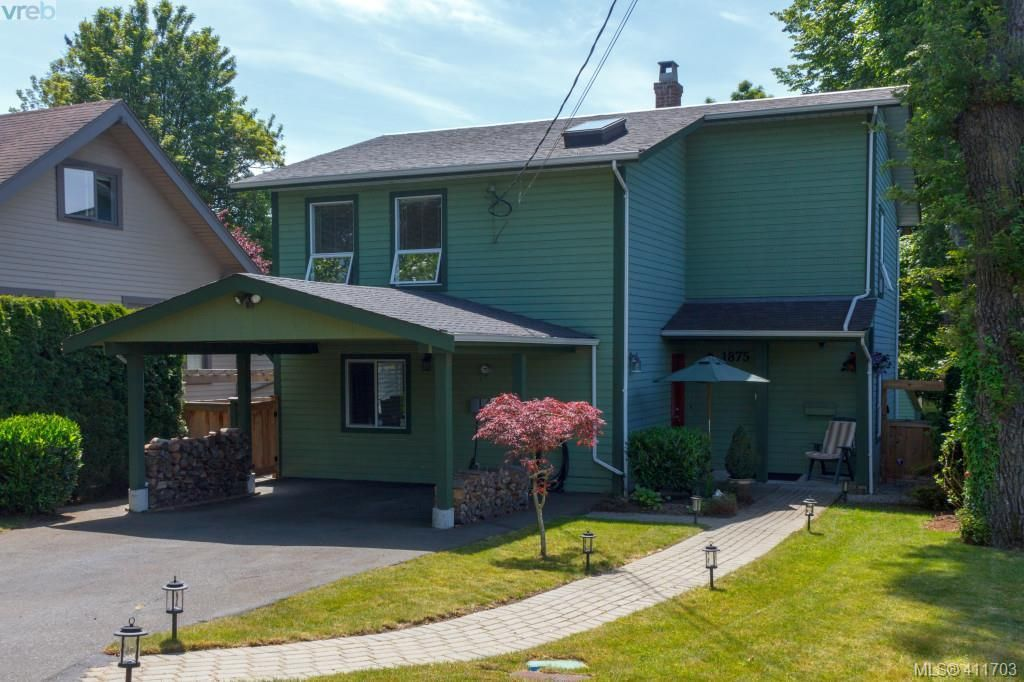 Main Photo: 1875 Forrester Street in VICTORIA: SE Camosun Single Family Detached for sale (Saanich East)  : MLS®# 411703