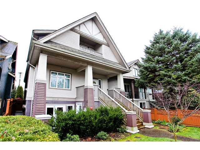 Main Photo: 2818 W 3RD Avenue in Vancouver: Kitsilano Condo for sale (Vancouver West)  : MLS®# V935463