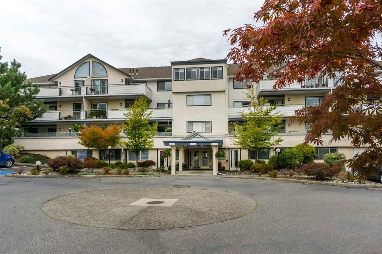 """Main Photo: 106 19645 64 Avenue in Langley: Willoughby Heights Condo for sale in """"HIGHGATE TERRACE"""" : MLS®# R2003423"""