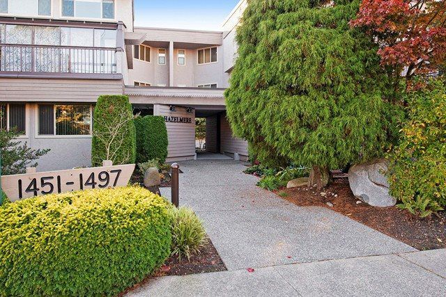 "Main Photo: 1455 MERKLIN Street: White Rock Townhouse for sale in ""THE HAZELMERE"" (South Surrey White Rock)  : MLS®# R2029539"