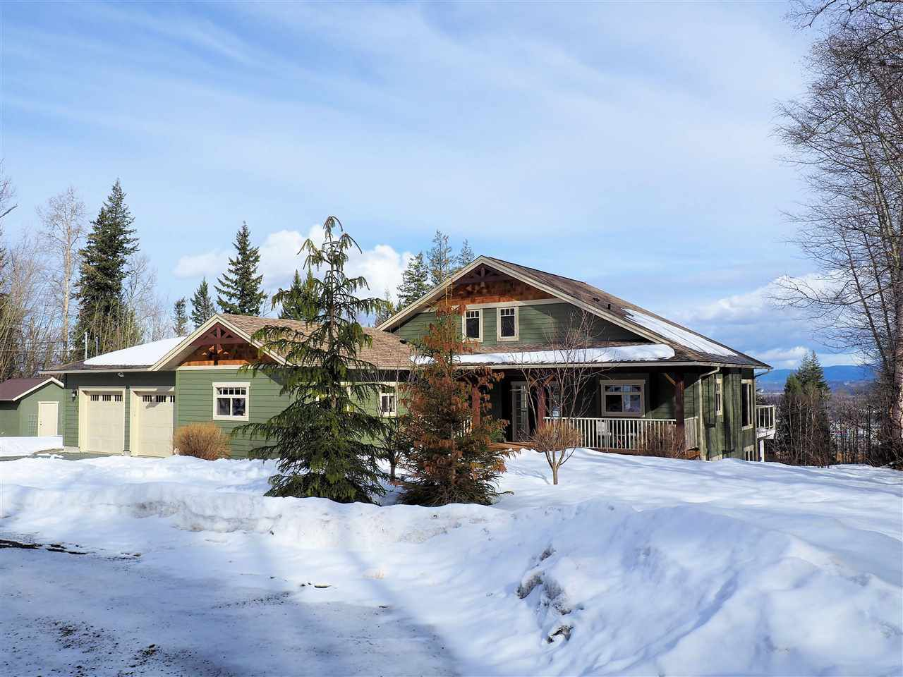Main Photo: 1747 MILL Road in Prince George: Cranbrook Hill House for sale (PG City West (Zone 71))  : MLS®# R2045927