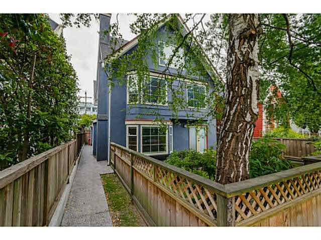 Main Photo: 3310 W 8TH AVENUE in : Kitsilano House 1/2 Duplex for sale : MLS®# V1126727