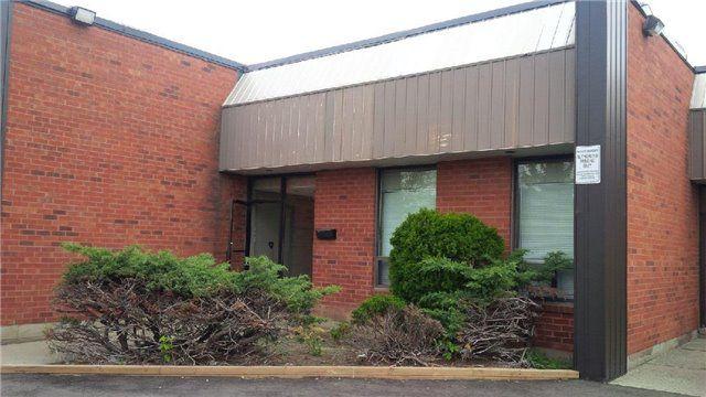 Main Photo: 350 Woodbridge Ave Unit #17 in Vaughan: West Woodbridge Commercial for sale : MLS®# N3806381