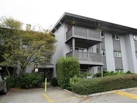 "Main Photo: 125 200 WESTHILL Place in Port Moody: College Park PM Condo for sale in ""WESTHILL PLACE"" : MLS®# R2237548"