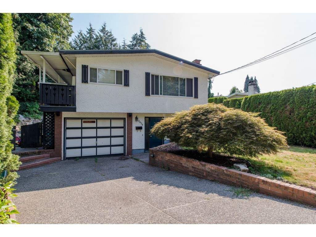Main Photo: 2676 STEWART Crescent in Abbotsford: Abbotsford East House for sale : MLS®# R2291737