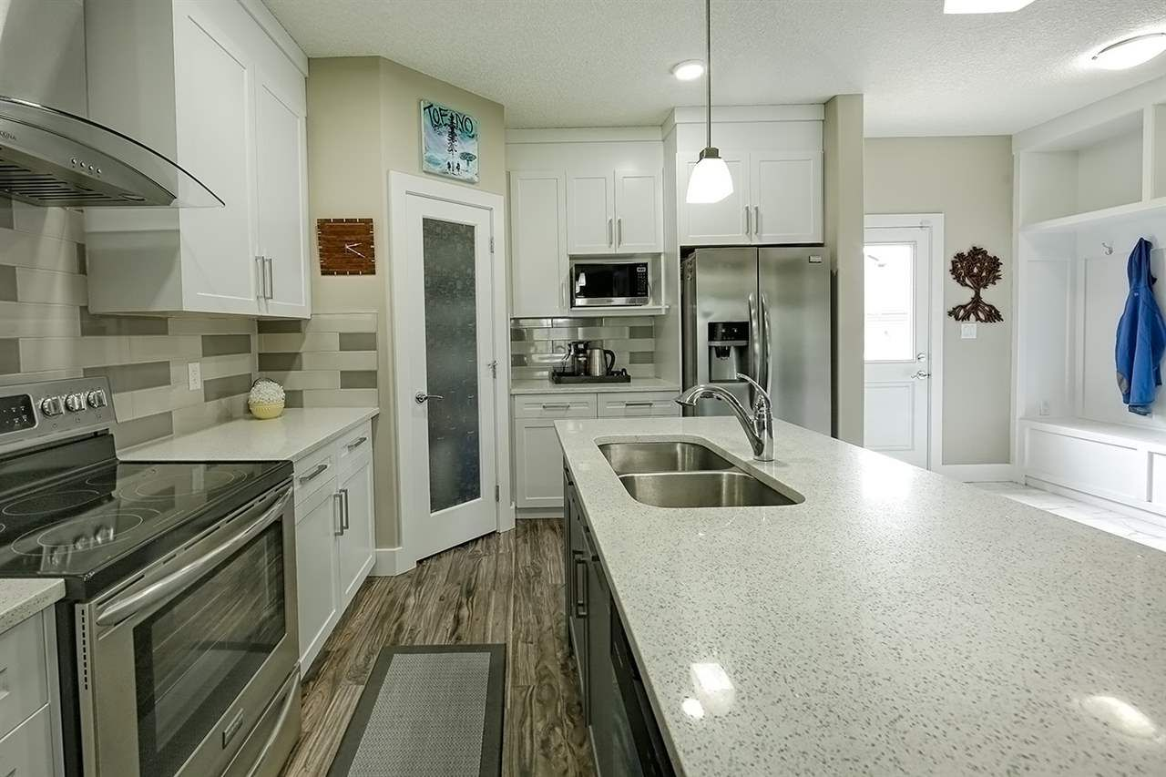 Main Photo: 32 Davis Street: Fort Saskatchewan House Half Duplex for sale : MLS®# E4138752