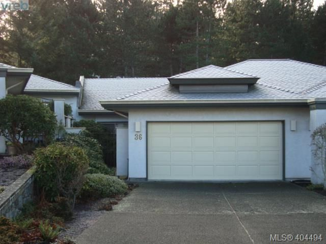 Main Photo: 36 4360 Emily Carr Drive in VICTORIA: SE Broadmead Townhouse for sale (Saanich East)  : MLS®# 404494