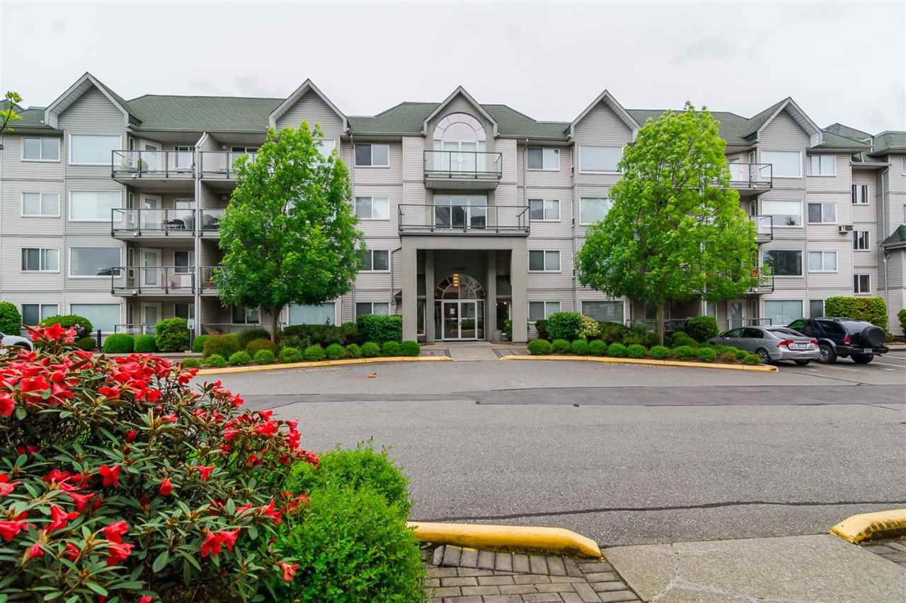 "Main Photo: 410 33688 KING Road in Abbotsford: Poplar Condo for sale in ""College Park Place"" : MLS®# R2340929"