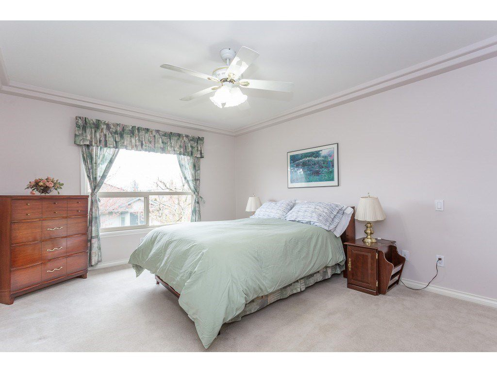 """Photo 11: Photos: 23 30703 BLUERIDGE Drive in Abbotsford: Abbotsford West Townhouse for sale in """"Westsyde Park"""" : MLS®# R2357521"""