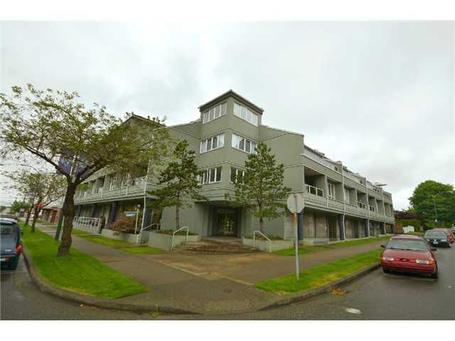 """Main Photo: 206 315 RENFREW Street in Vancouver: Hastings East Condo for sale in """"The Shorewinds"""" (Vancouver East)  : MLS®# V898048"""