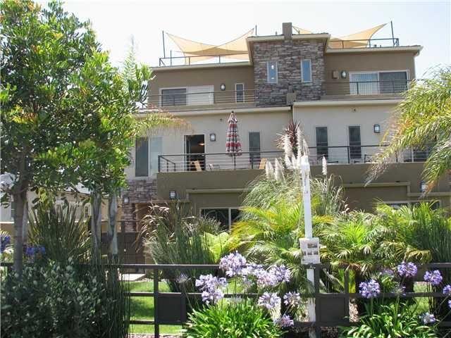 Main Photo: PACIFIC BEACH Property for sale: 835 Felspar WEEK 1 Street in San Diego