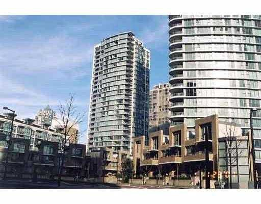 """Main Photo: 1701 1008 CAMBIE ST in Vancouver: Downtown VW Condo for sale in """"WATERWORKS"""" (Vancouver West)  : MLS®# V541545"""