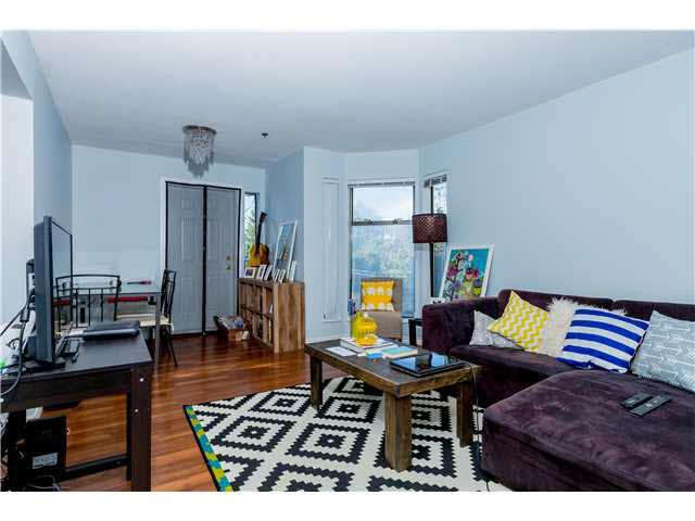 Main Photo: 204 1055 E BROADWAY in Vancouver: Mount Pleasant VE Condo for sale (Vancouver East)  : MLS®# V1137410