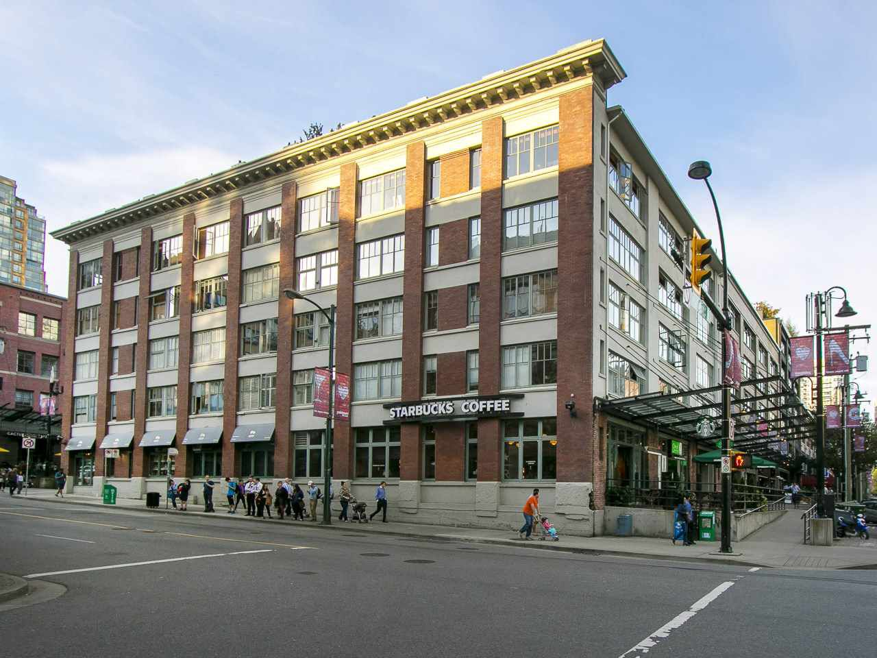 """Main Photo: 210 1178 HAMILTON Street in Vancouver: Yaletown Condo for sale in """"THE HAMILTON"""" (Vancouver West)  : MLS®# R2070538"""