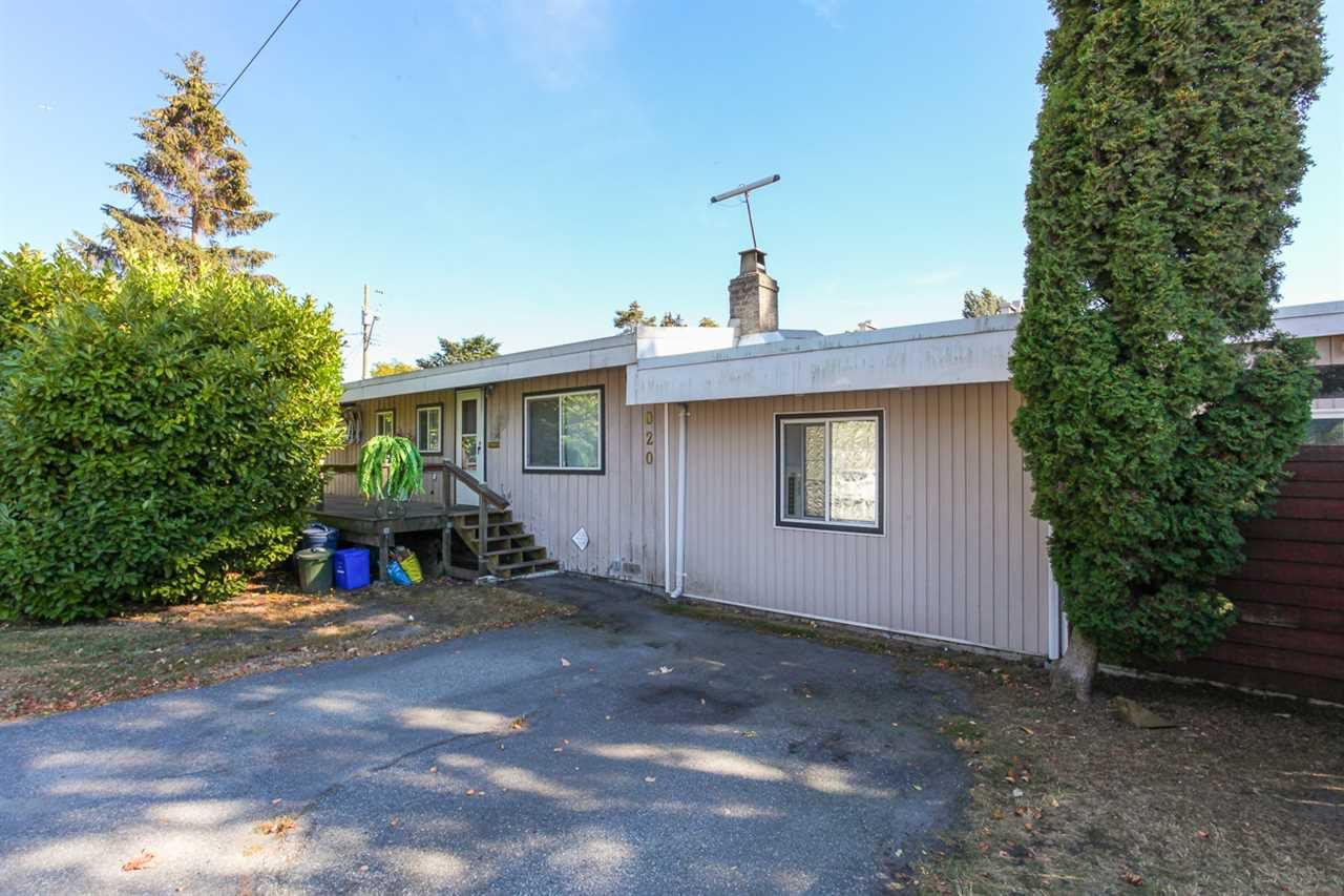 """Main Photo: 6020 17A Avenue in Delta: Beach Grove House for sale in """"Beach Grove"""" (Tsawwassen)  : MLS®# R2102268"""