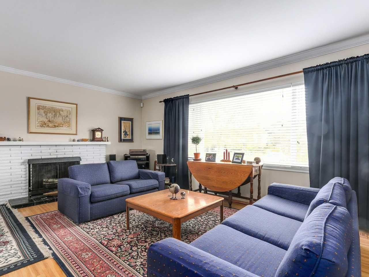 Main Photo: 8471 FAIRHURST Road in Richmond: Seafair House for sale : MLS®# R2141922