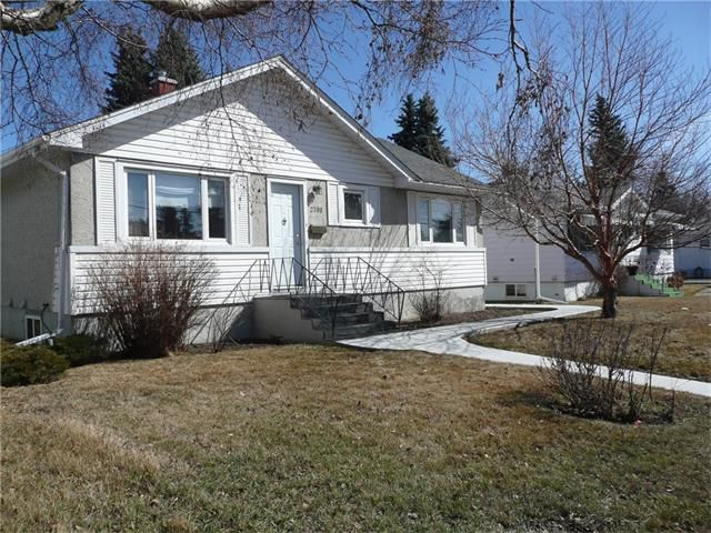 Main Photo: 2708 19 Street NW in Calgary: Capitol Hill House for sale : MLS®# C4108428