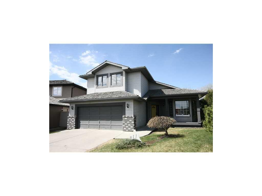 Main Photo: 311 Diamond Court SE in Calgary: Diamond Cove House for sale : MLS®# C3567041