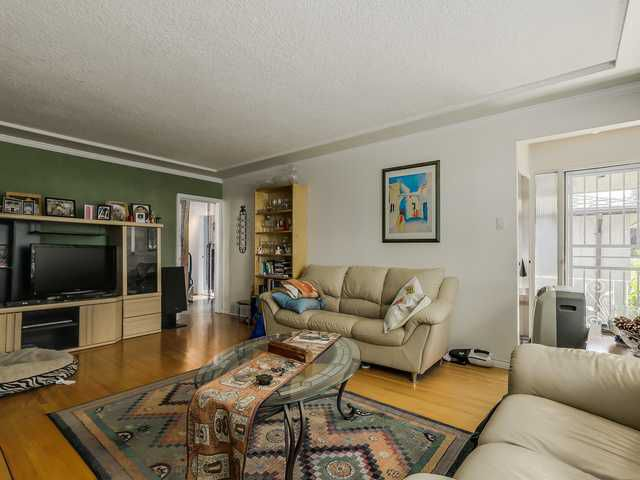Main Photo: 2298 E 27TH AV in Vancouver: Victoria VE House for sale (Vancouver East)  : MLS®# V1127725