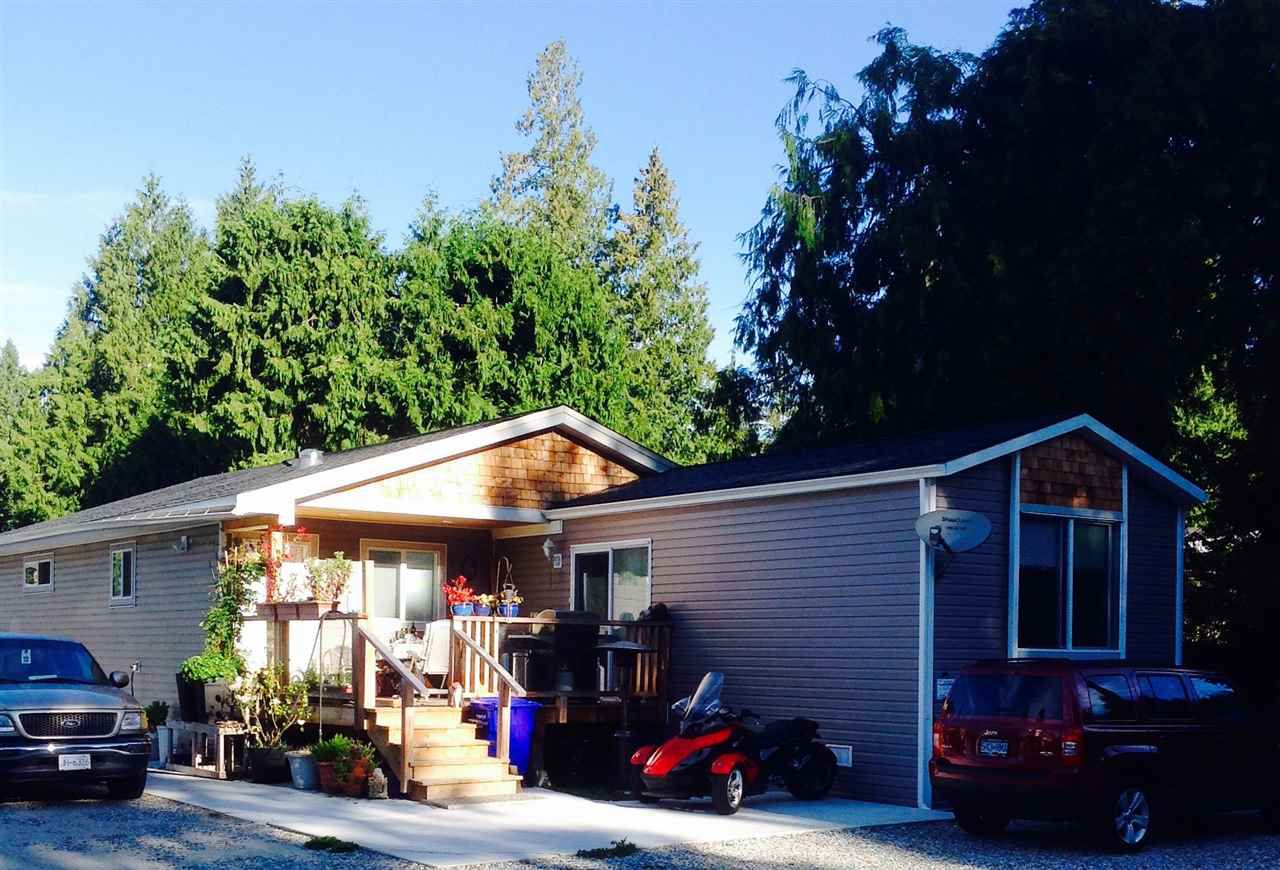 Fabulous location!  West Sechelt on Wakefield Rd close to West Sechelt Elementary, minutes to Sechelt amenities.  Spacious family home or easy care space for retired couple.