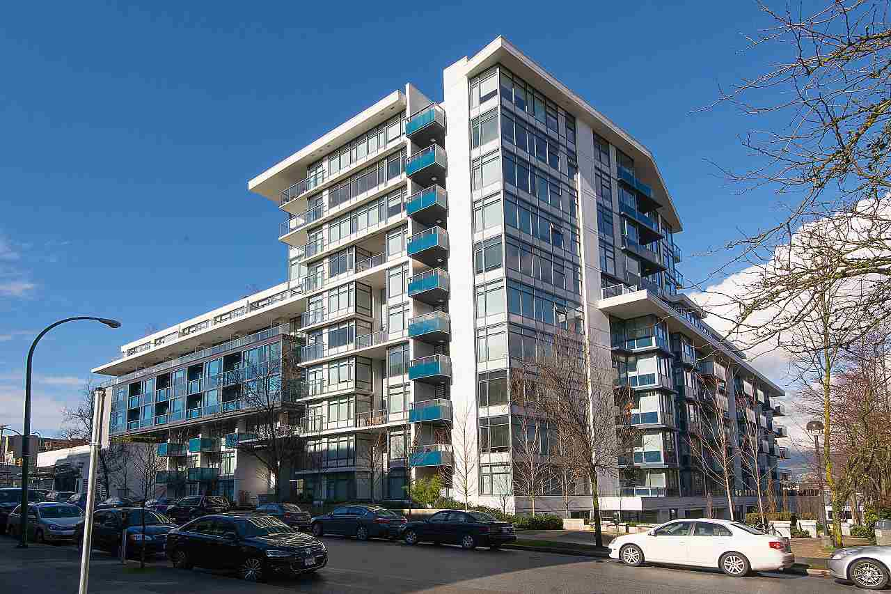"""Main Photo: 626 1777 W 7TH Avenue in Vancouver: Fairview VW Condo for sale in """"KITS 360"""" (Vancouver West)  : MLS®# R2309339"""