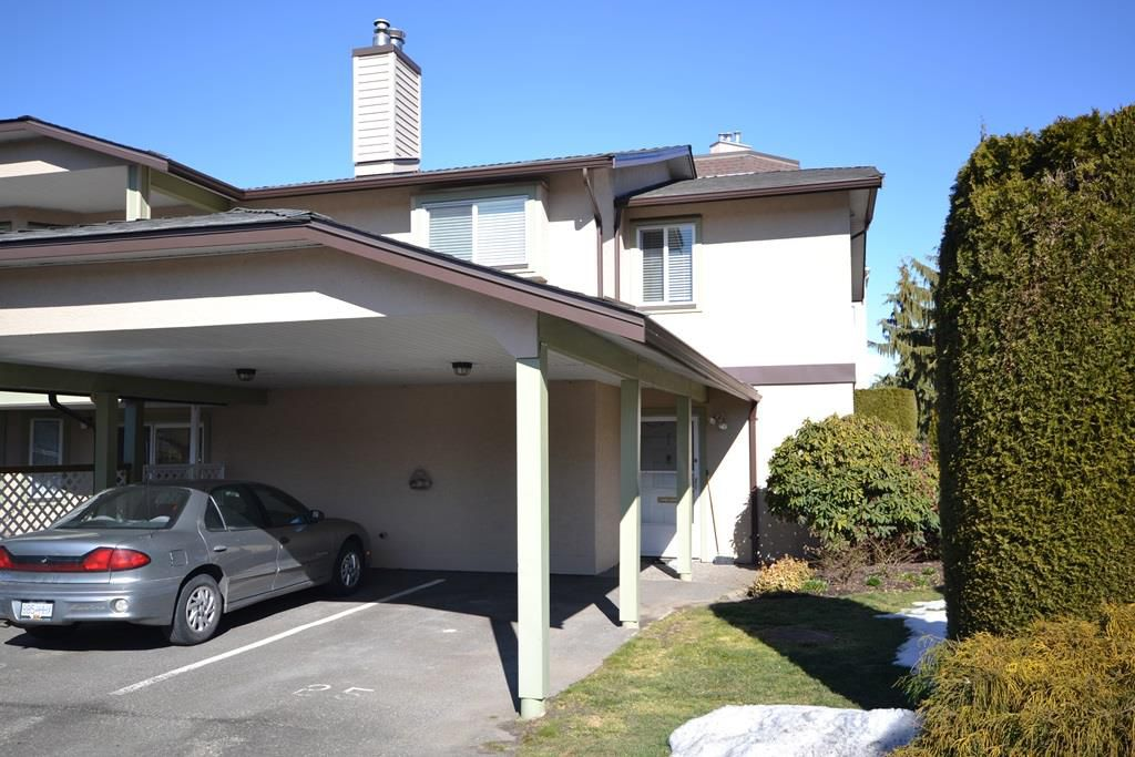 """Main Photo: 25 8975 MARY Street in Chilliwack: Chilliwack W Young-Well Townhouse for sale in """"HAZELMERE"""" : MLS®# R2340988"""