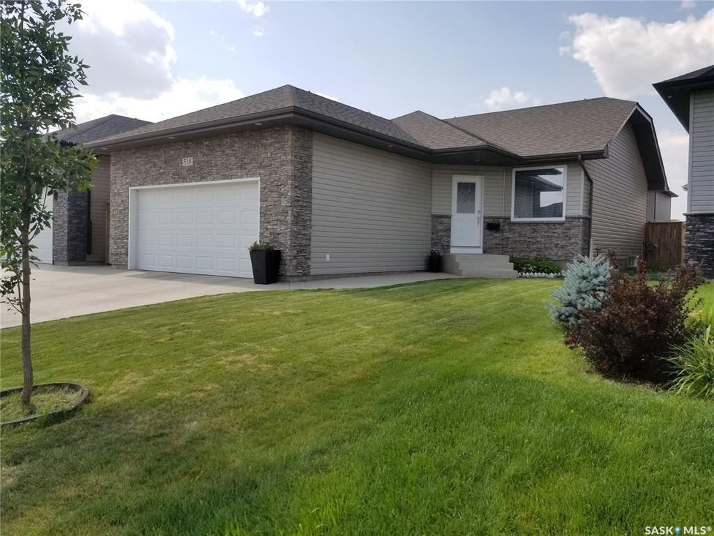 Main Photo: 518 Dickson Lane in Saskatoon: Stonebridge Residential for sale : MLS®# SK767205