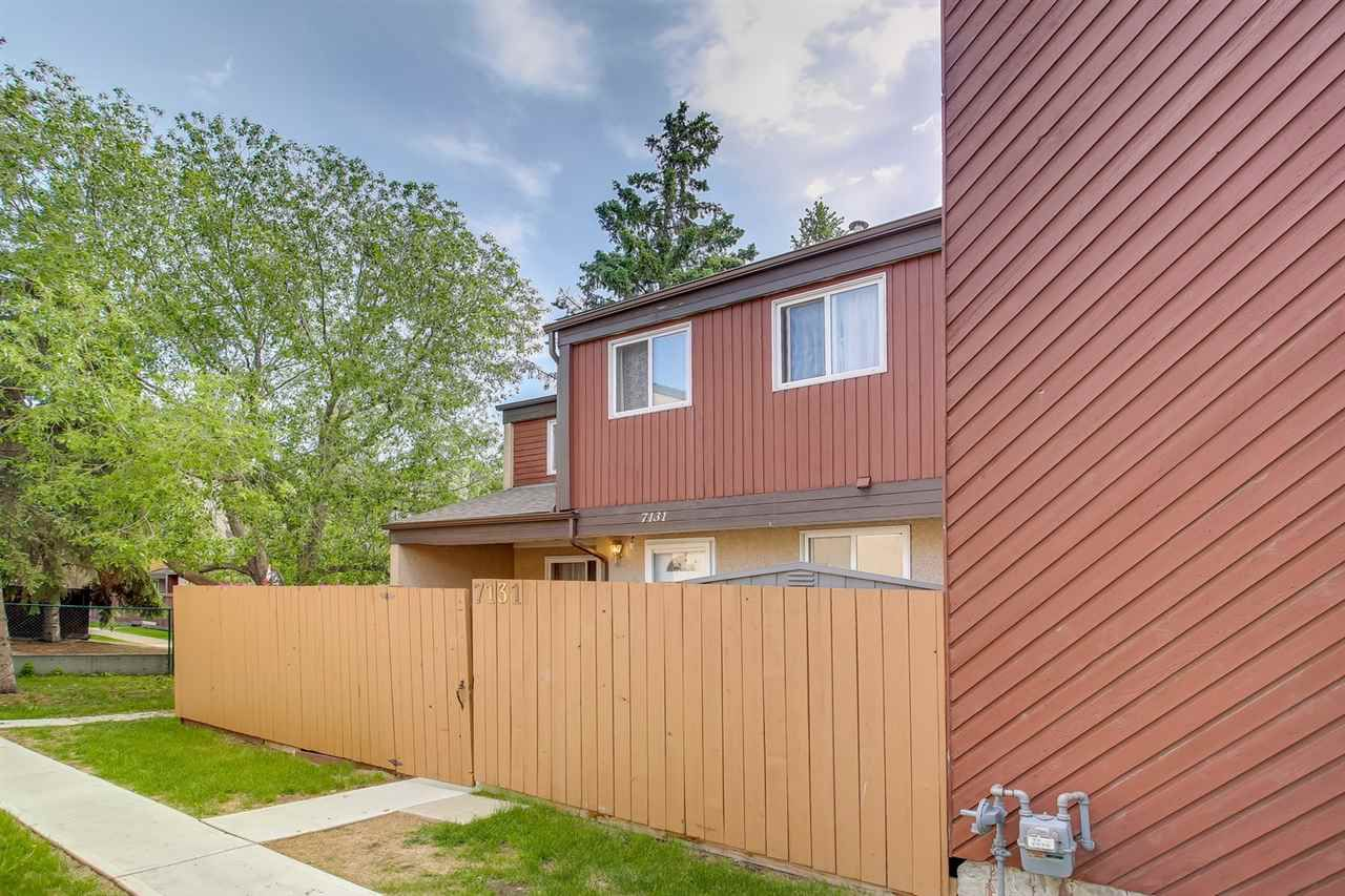 Main Photo: 7131 180 Street NW in Edmonton: Zone 20 Townhouse for sale : MLS®# E4160863