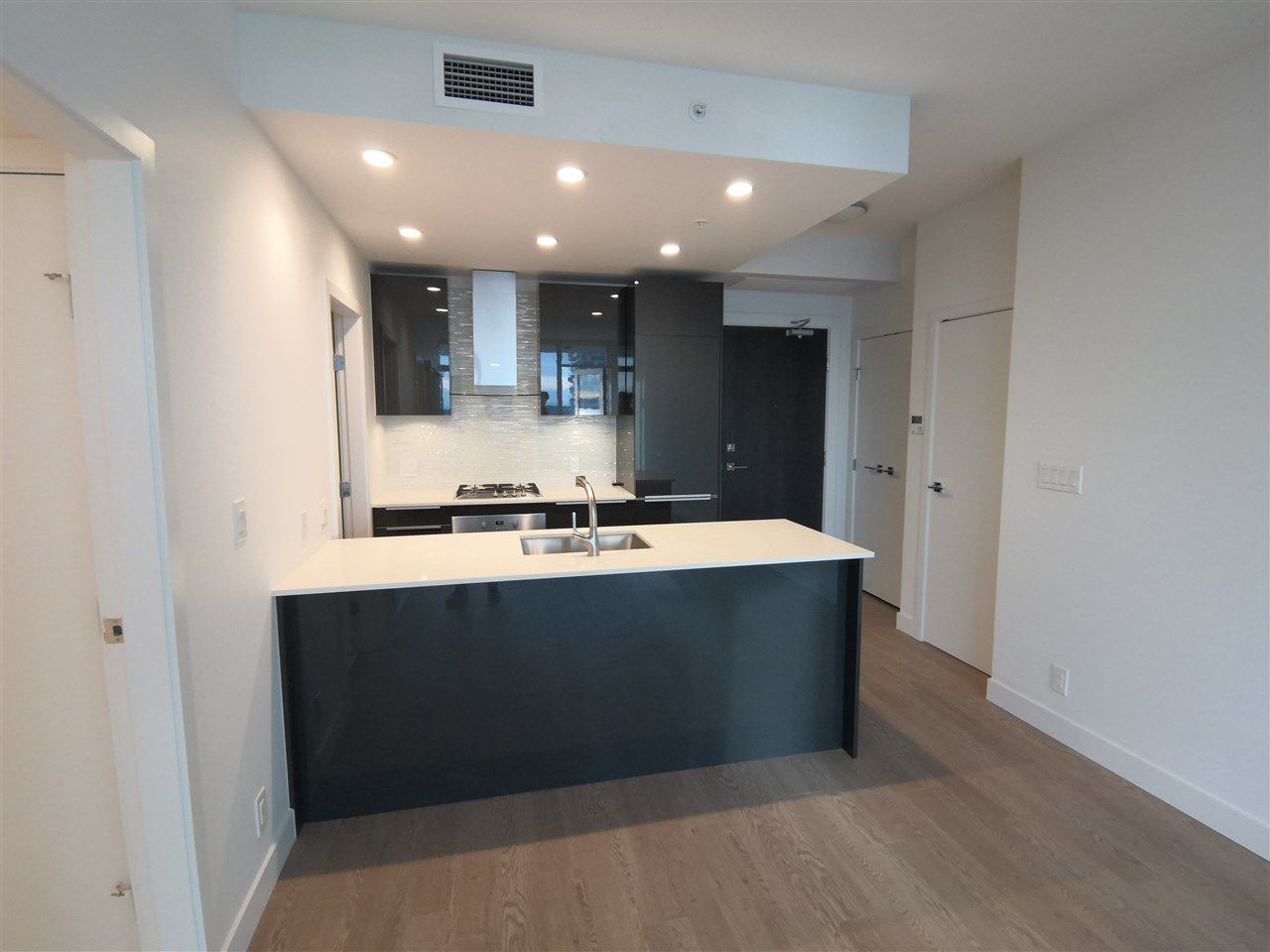 Main Photo: 3707 1283 HOWE Street in Vancouver: Downtown VW Condo for sale (Vancouver West)  : MLS®# R2384210