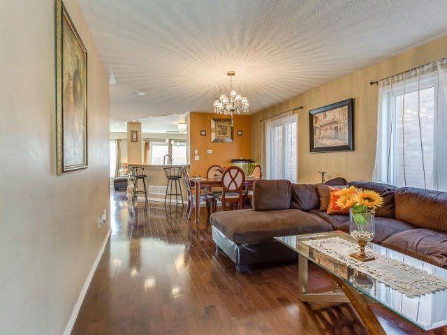 Main Photo: 11 Dulverton Drive in Brampton: Northwest Brampton House (2-Storey) for sale : MLS®# W3364030