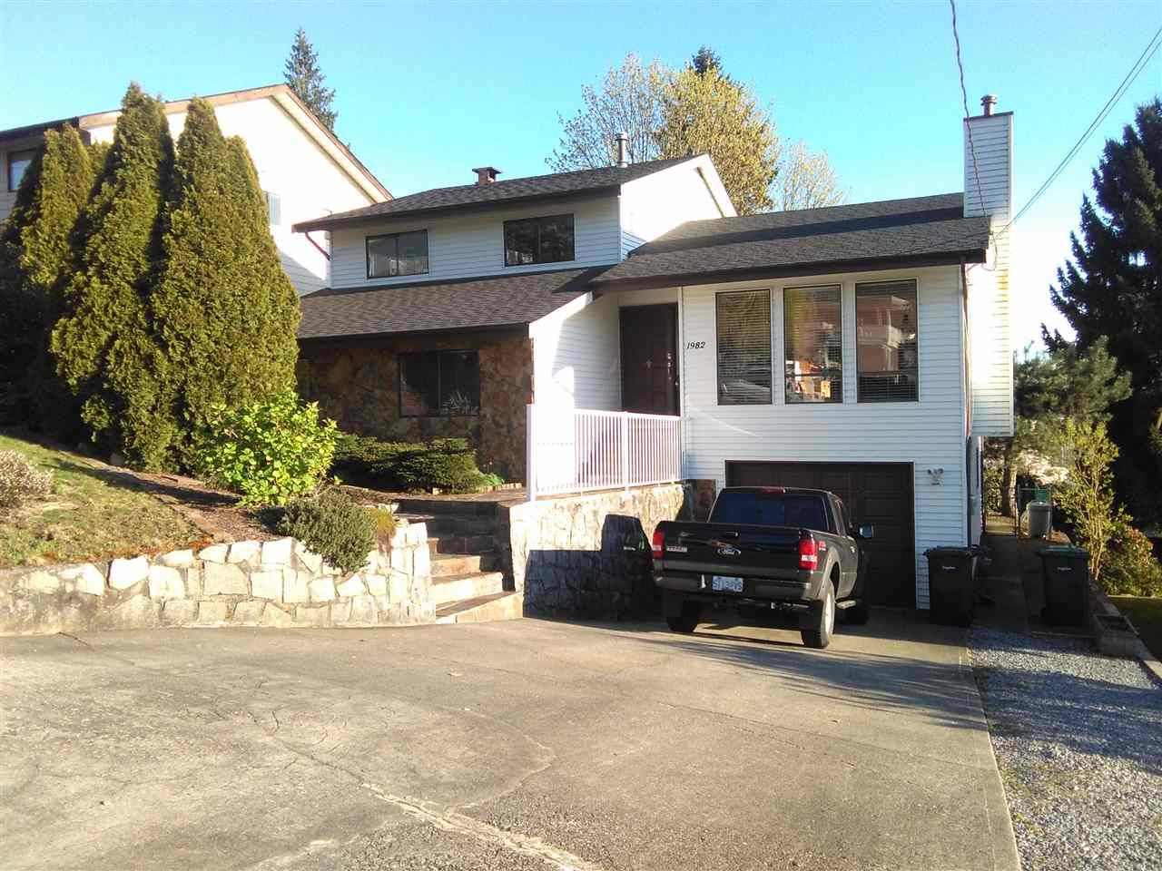 Main Photo: 1982 WILTSHIRE Avenue in Coquitlam: Cape Horn House for sale : MLS®# R2045669
