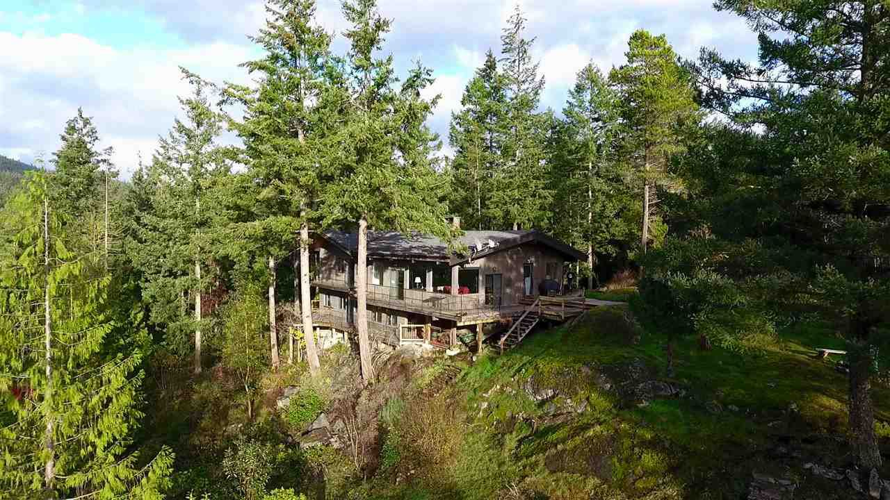 "Photo 18: Photos: 11808 SUNSHINE COAST Highway in Pender Harbour: Halfmn Bay Secret Cv Redroofs House for sale in ""MIDDLEPOINT"" (Sunshine Coast)  : MLS®# R2102704"