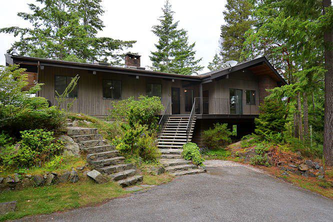 "Photo 4: Photos: 11808 SUNSHINE COAST Highway in Pender Harbour: Halfmn Bay Secret Cv Redroofs House for sale in ""MIDDLEPOINT"" (Sunshine Coast)  : MLS®# R2102704"