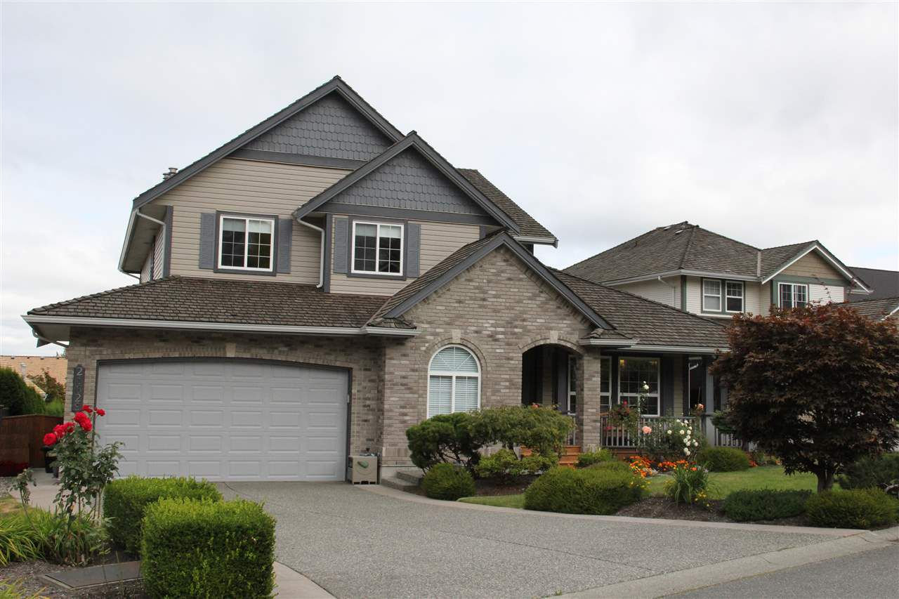"""Main Photo: 21629 47A Avenue in Langley: Murrayville House for sale in """"Murray's Corner"""" : MLS®# R2104736"""