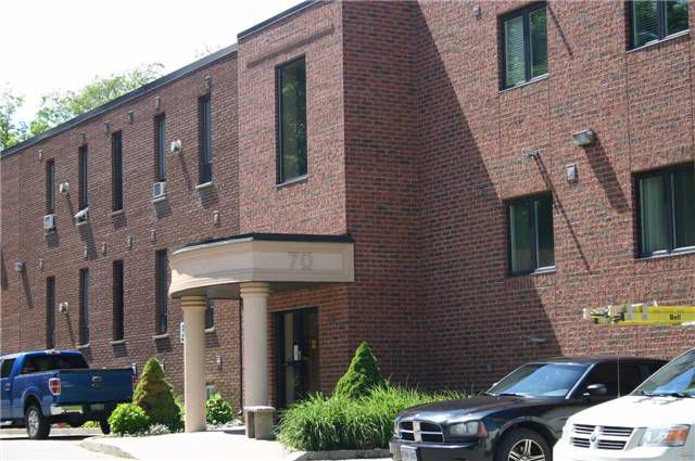 Main Photo: 206 70 First Street: Orangeville Condo for sale : MLS®# W3846425