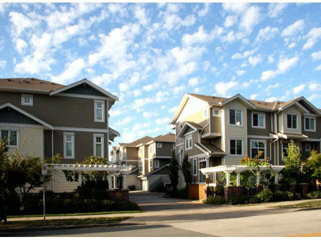 Main Photo: 6 16355 82ND AVENUE in : Fleetwood Tynehead Condo for sale (Surrey)  : MLS®# F1421081
